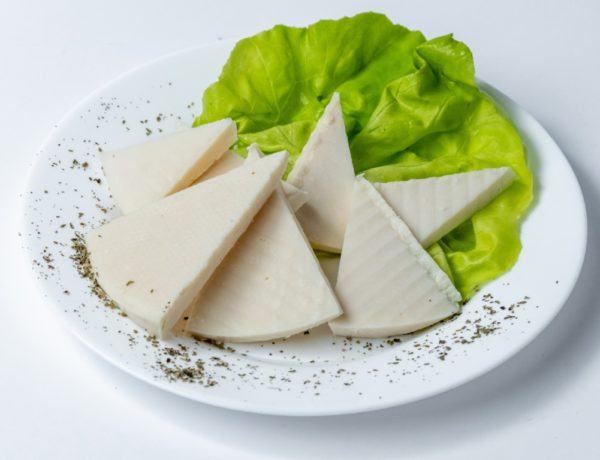 Kozji sir domaci proizvod ujedno i neizbijezan uz vas obrok