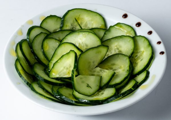 Krstavac salata sa maslinovim uljem