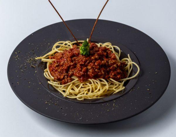 Pasta Bolonjeze sa paradajz sosom i mljevenim mesom