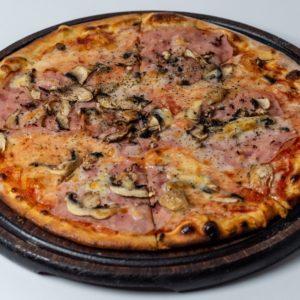 Pizza Capricoza Pelat. mozzarella, šunka, šampinjoni